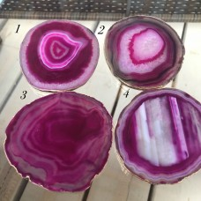 Подставка из натурального агата, 9-10см, в позолоте 24. Цвет розовый